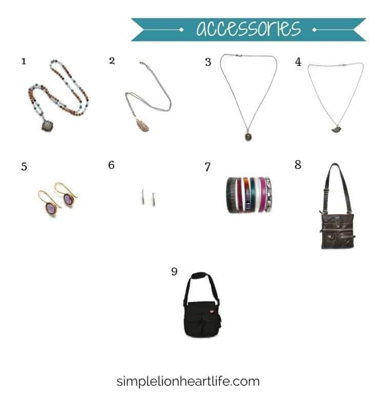 2017 stay at home mom spring capsule wardrobe - accessories