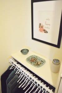 Minimalist closet makeover - styled shelf