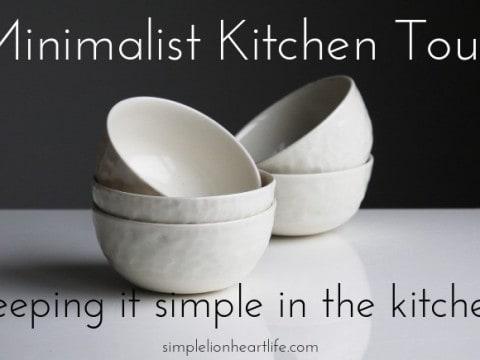 Minimalist Kitchen Tour: Keeping it Simple in the Kitchen
